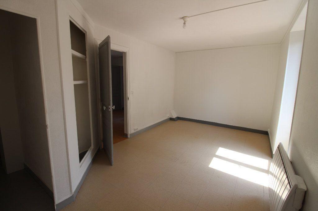 Maison à louer 4 91m2 à Verneuil-l'Étang vignette-9