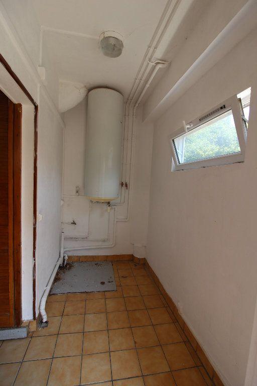 Maison à louer 4 91m2 à Verneuil-l'Étang vignette-12