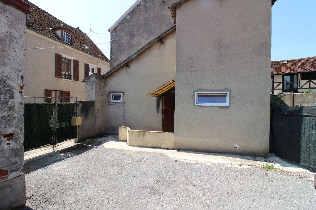 Maison à louer 4 91m2 à Verneuil-l'Étang vignette-13