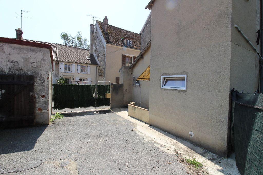 Maison à louer 4 91m2 à Verneuil-l'Étang vignette-14