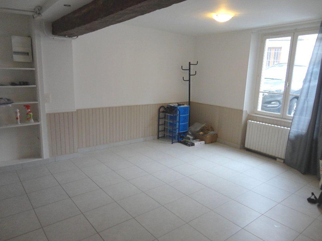 Appartement à louer 2 47m2 à Rozay-en-Brie vignette-2