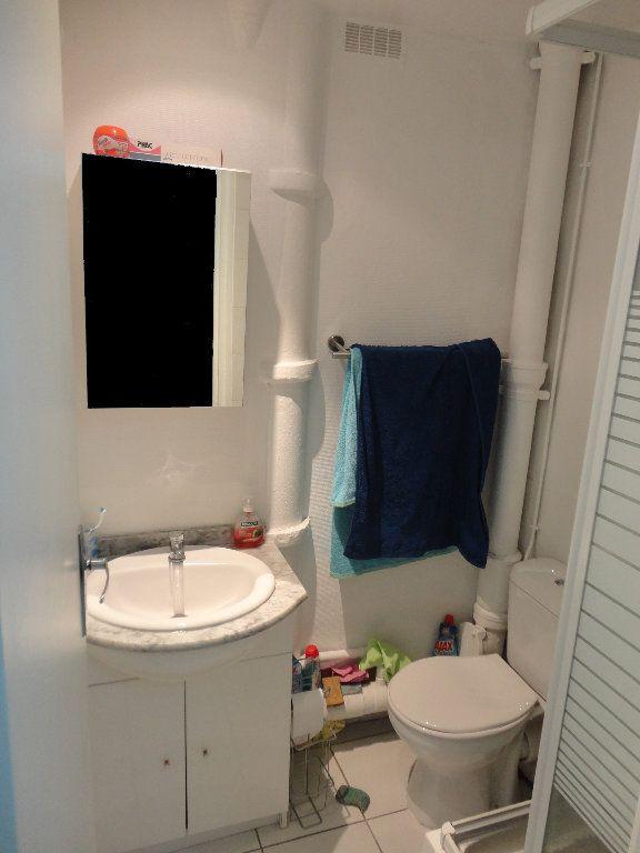 Appartement à louer 2 47m2 à Rozay-en-Brie vignette-5