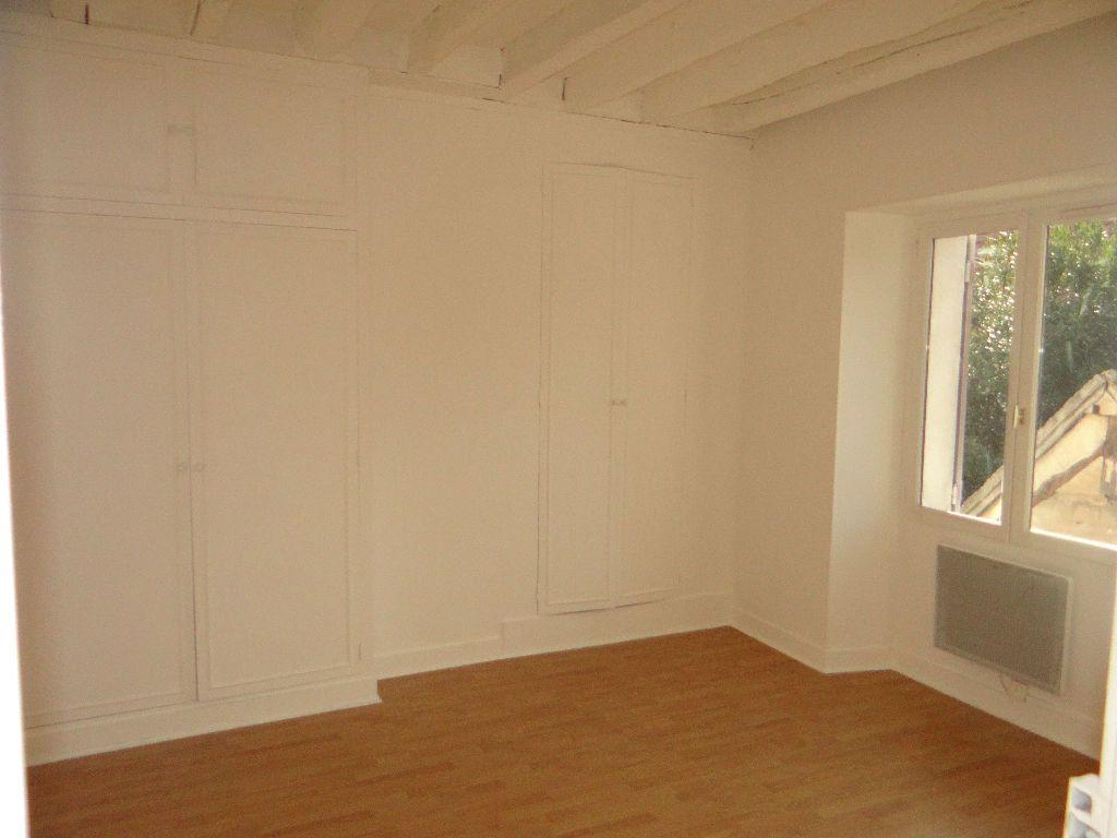 Immeuble à vendre 0 207m2 à Vaudoy-en-Brie vignette-6