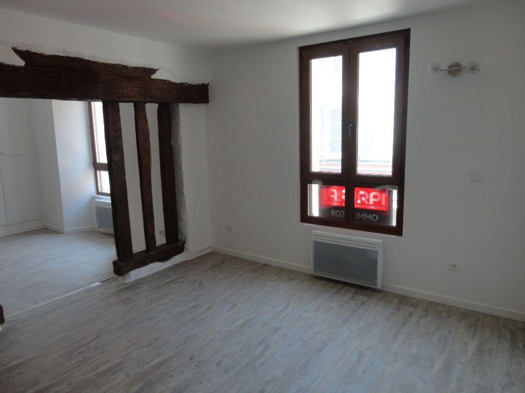 Appartement à louer 1 29m2 à Rozay-en-Brie vignette-3