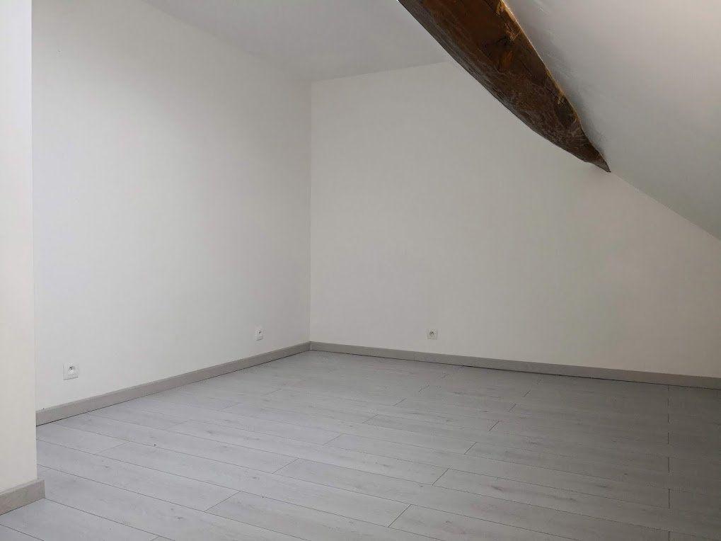 Appartement à louer 3 52m2 à Beton-Bazoches vignette-4