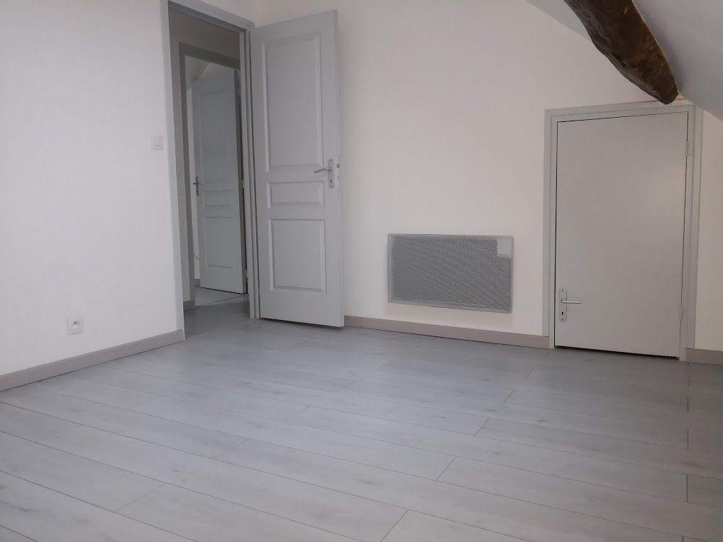 Appartement à louer 3 52m2 à Beton-Bazoches vignette-6