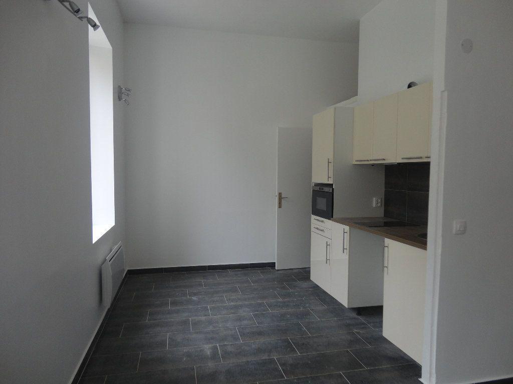 Appartement à louer 1 26.54m2 à Rozay-en-Brie vignette-2
