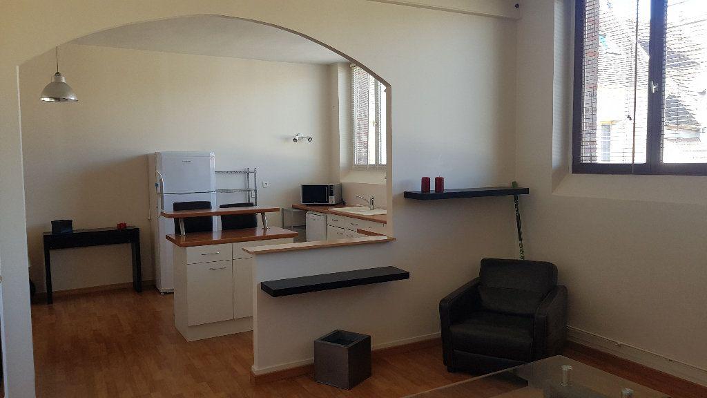 Appartement à louer 2 59.98m2 à Rozay-en-Brie vignette-3