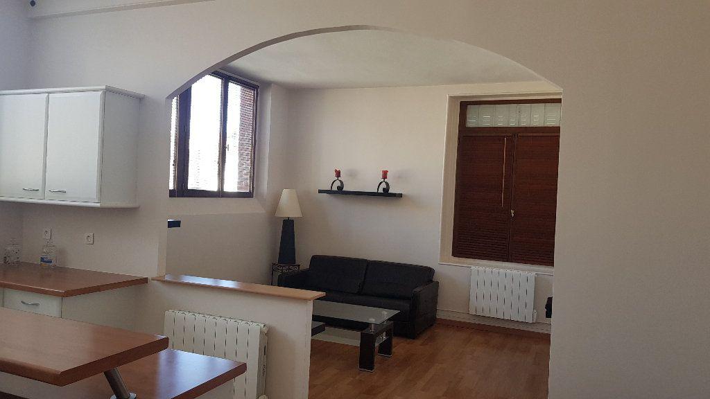 Appartement à louer 2 59.98m2 à Rozay-en-Brie vignette-8