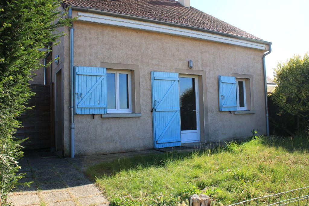 Maison à vendre 5 105m2 à Vaudoy-en-Brie vignette-1