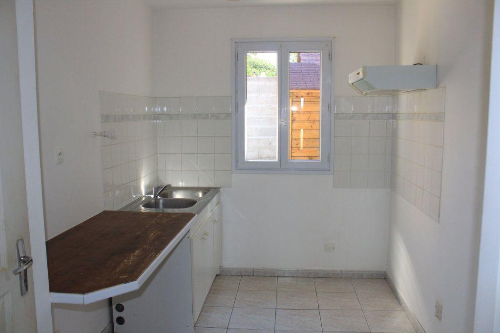 Maison à vendre 5 105m2 à Vaudoy-en-Brie vignette-3