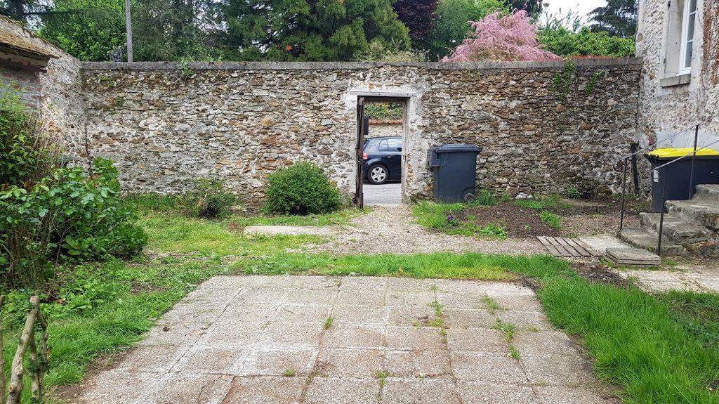 Maison à louer 4 152m2 à Lumigny-Nesles-Ormeaux vignette-3
