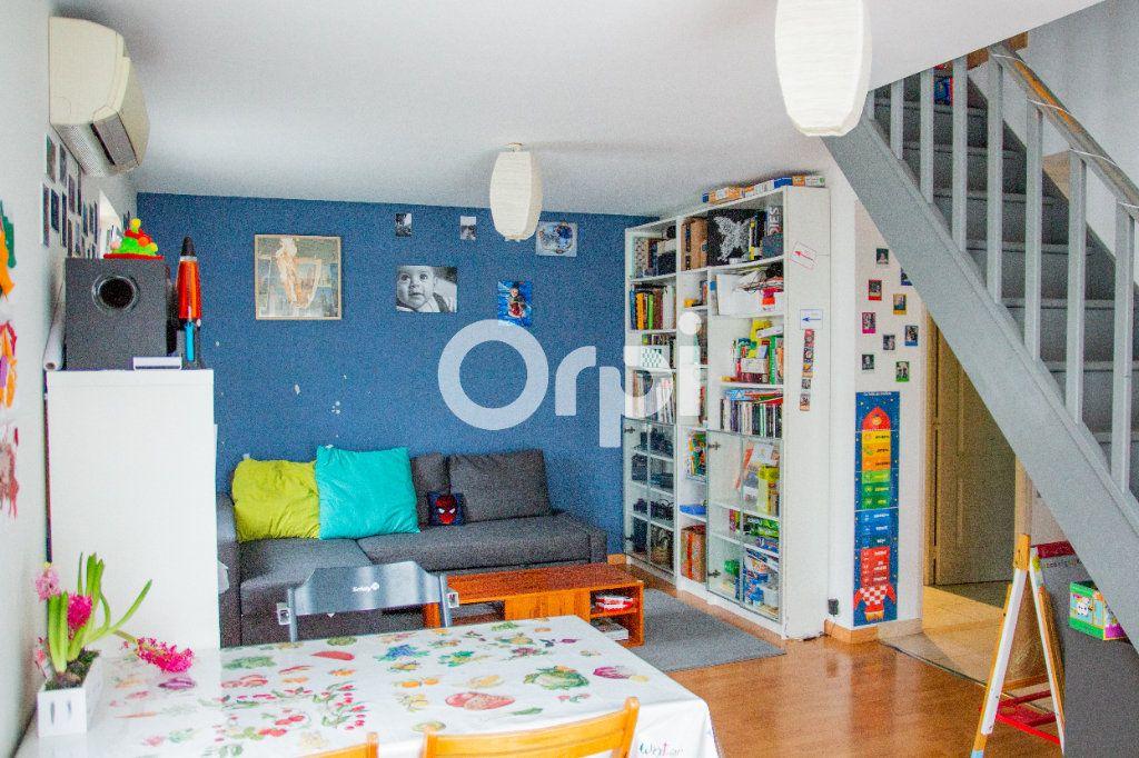 Maison à vendre 4 102m2 à Jouy-le-Châtel vignette-2