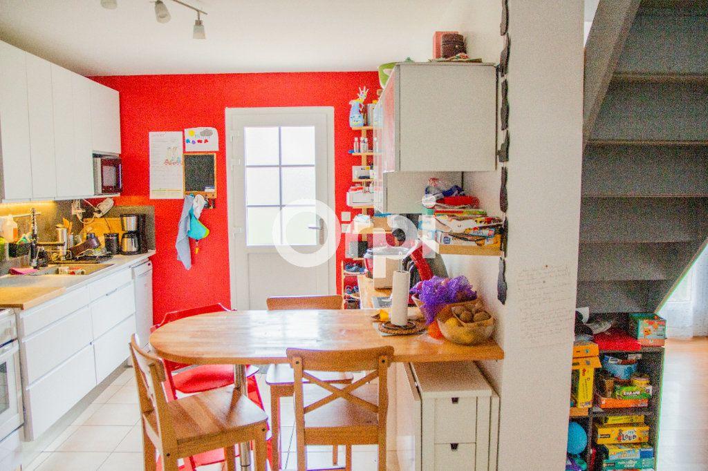 Maison à vendre 4 102m2 à Jouy-le-Châtel vignette-3