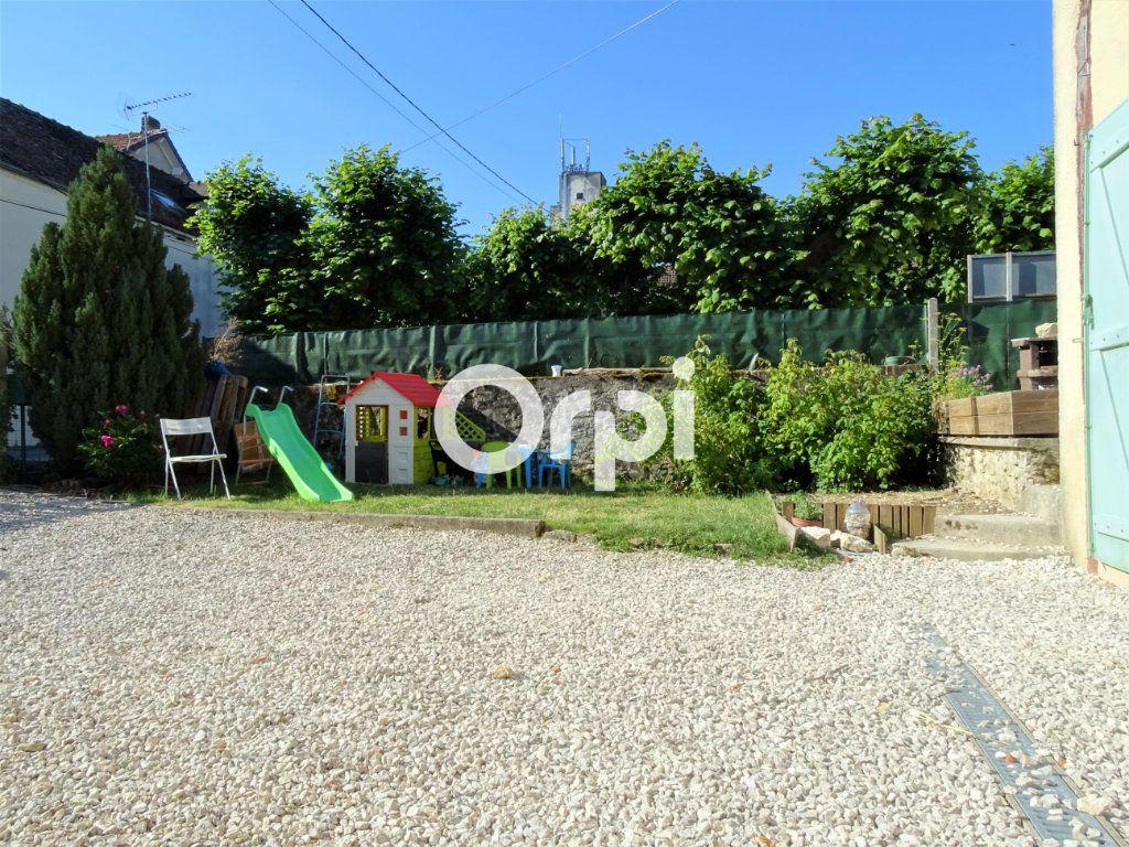 Maison à vendre 4 102m2 à Jouy-le-Châtel vignette-9