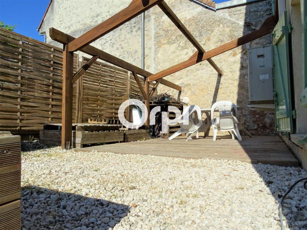 Maison à vendre 4 102m2 à Jouy-le-Châtel vignette-10