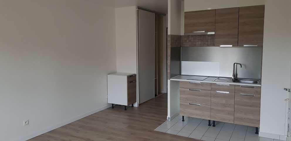 Appartement à louer 1 25m2 à Chaumes-en-Brie vignette-5