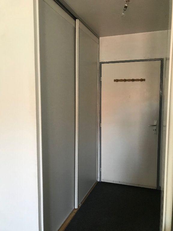 Appartement à louer 1 25m2 à Chaumes-en-Brie vignette-7