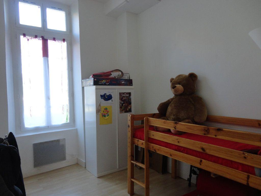 Appartement à louer 3 57.8m2 à Rozay-en-Brie vignette-4