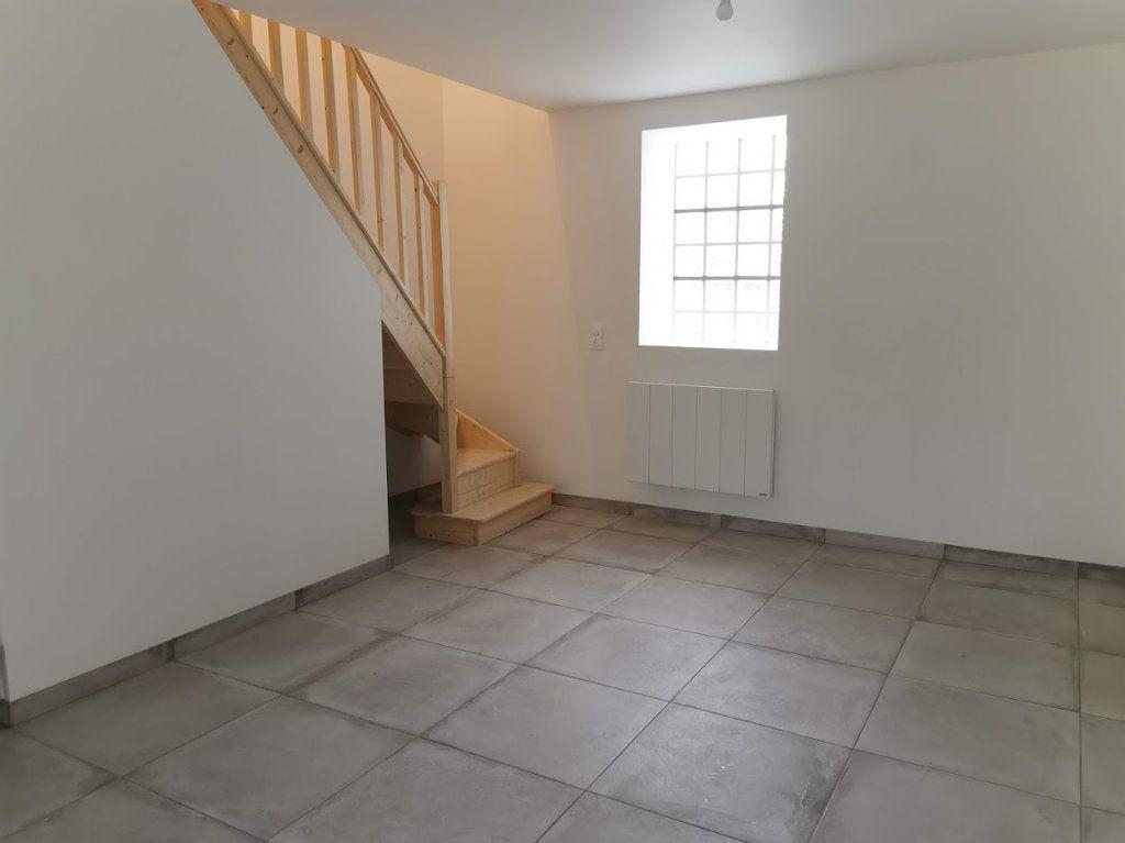 Maison à louer 3 67m2 à Vaudoy-en-Brie vignette-3