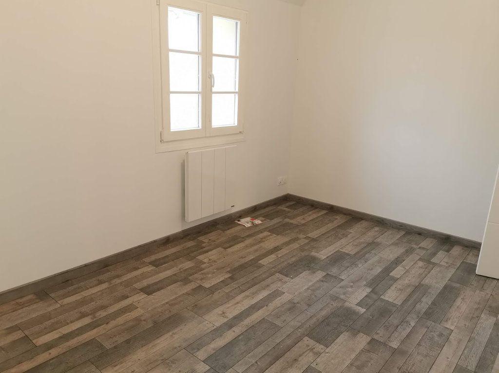 Maison à louer 3 67m2 à Vaudoy-en-Brie vignette-9