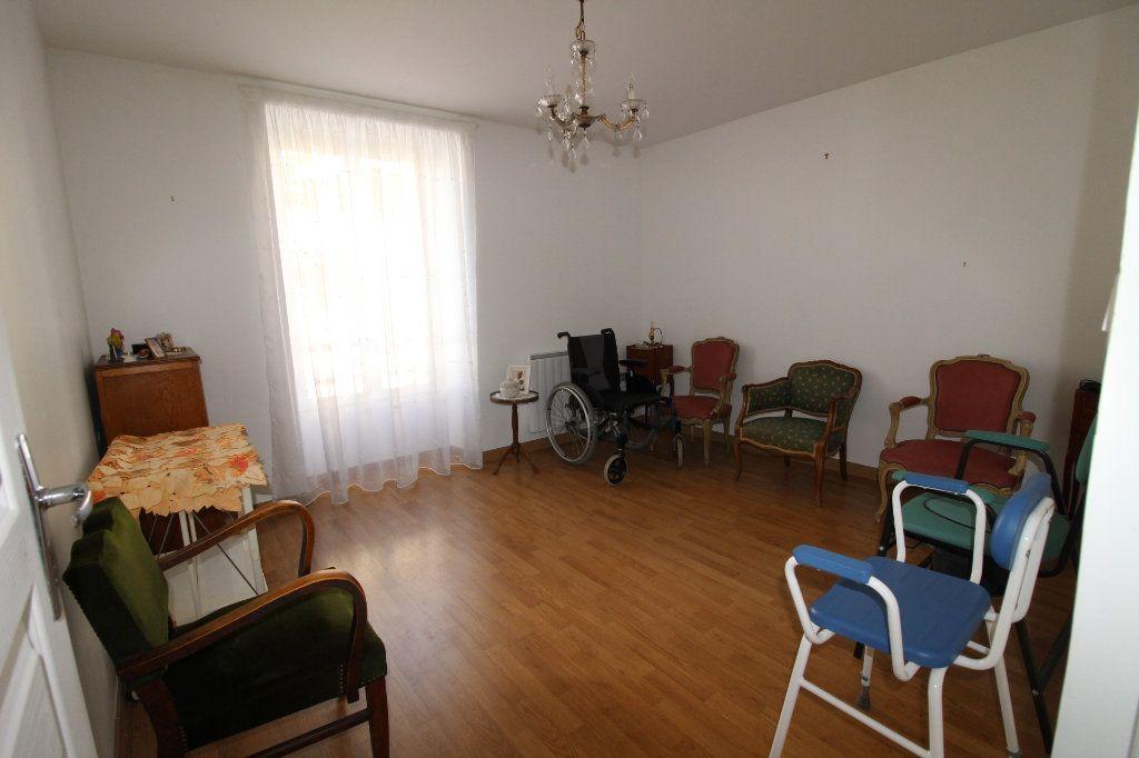 Appartement à vendre 3 52.9m2 à Fontenay-Trésigny vignette-4