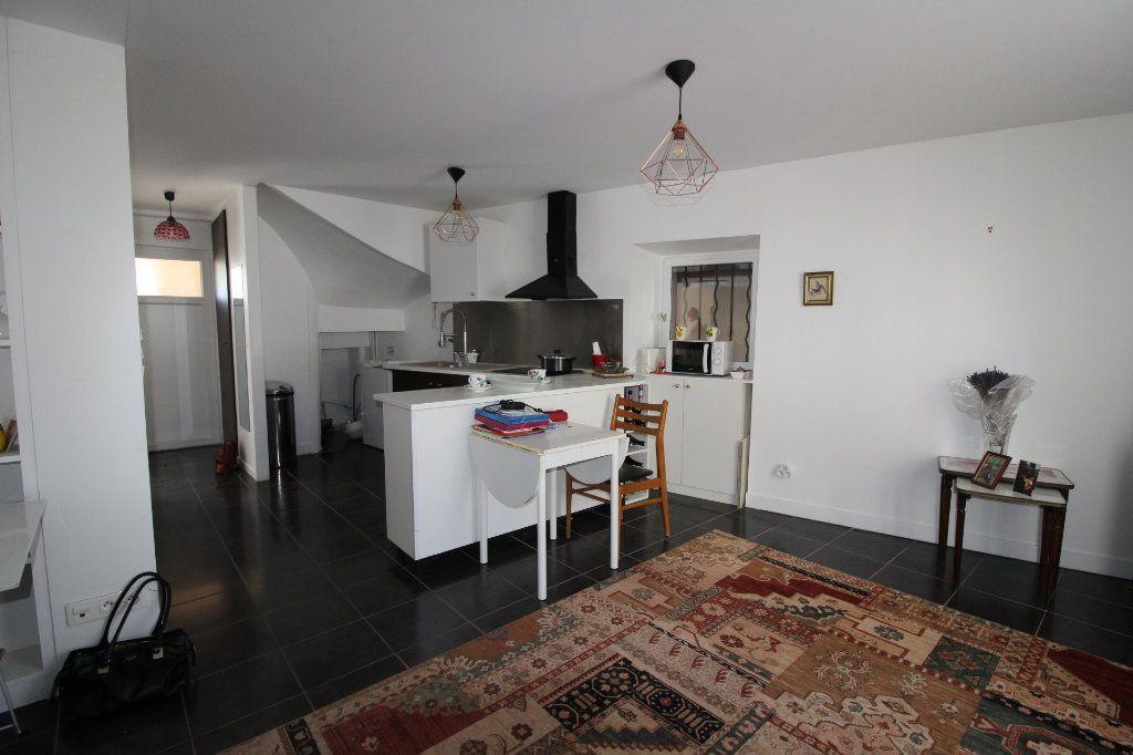 Appartement à vendre 3 52.9m2 à Fontenay-Trésigny vignette-5