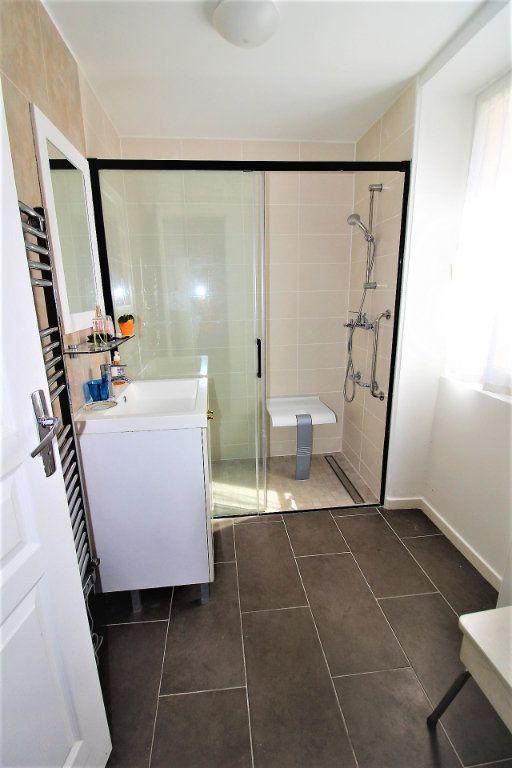 Appartement à vendre 3 52.9m2 à Fontenay-Trésigny vignette-8
