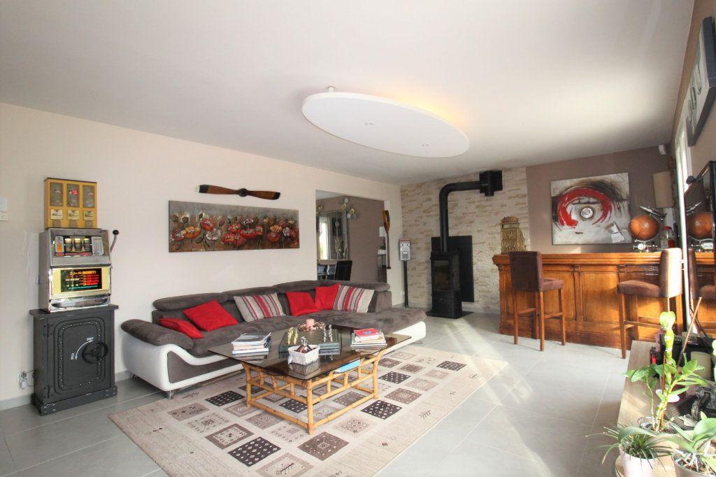 Maison à vendre 6 148m2 à Grandpuits-Bailly-Carrois vignette-11