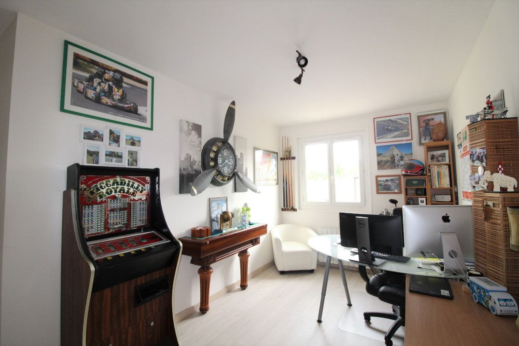 Maison à vendre 6 148m2 à Grandpuits-Bailly-Carrois vignette-15