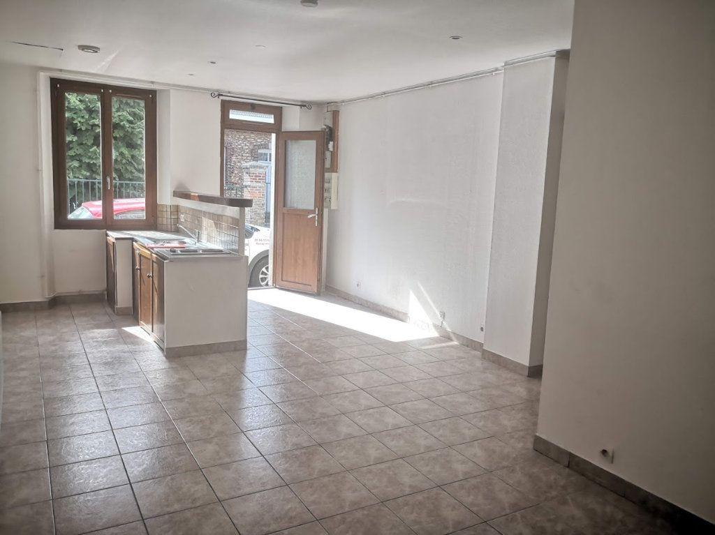 Appartement à louer 1 30m2 à Fontenailles vignette-1