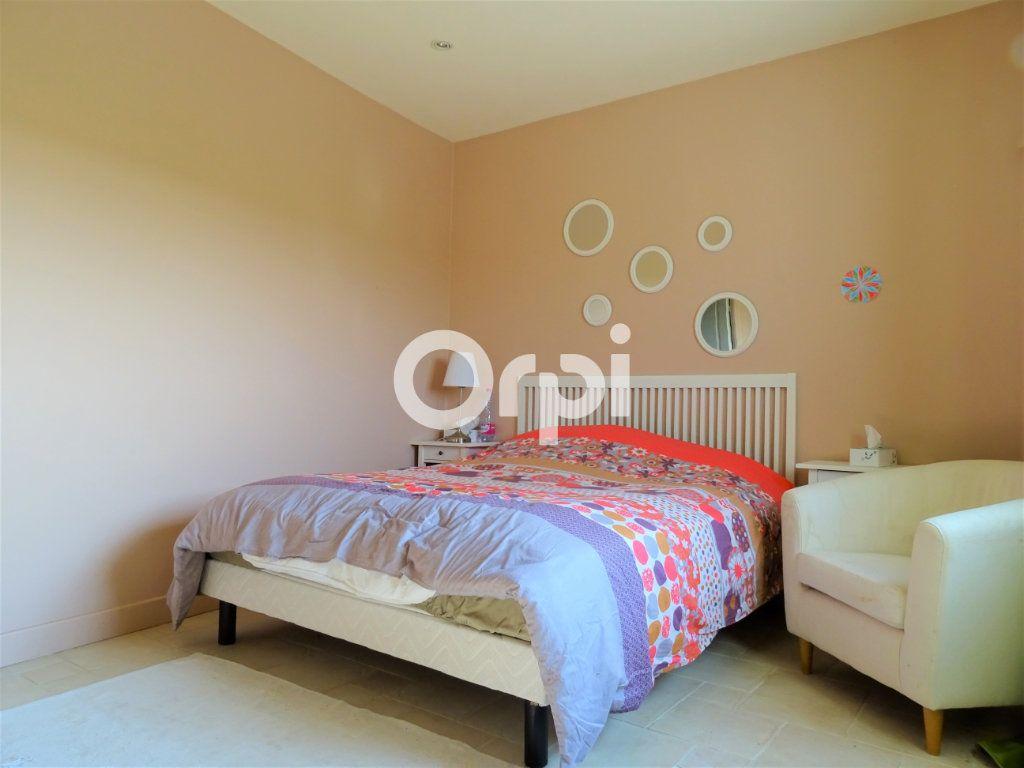 Maison à vendre 8 202m2 à Saint-Just-en-Brie vignette-6