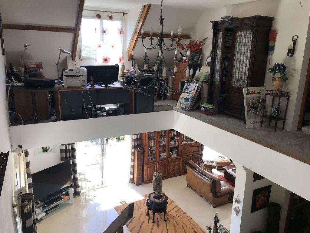 Maison à vendre 6 231m2 à Bannost-Villegagnon vignette-5
