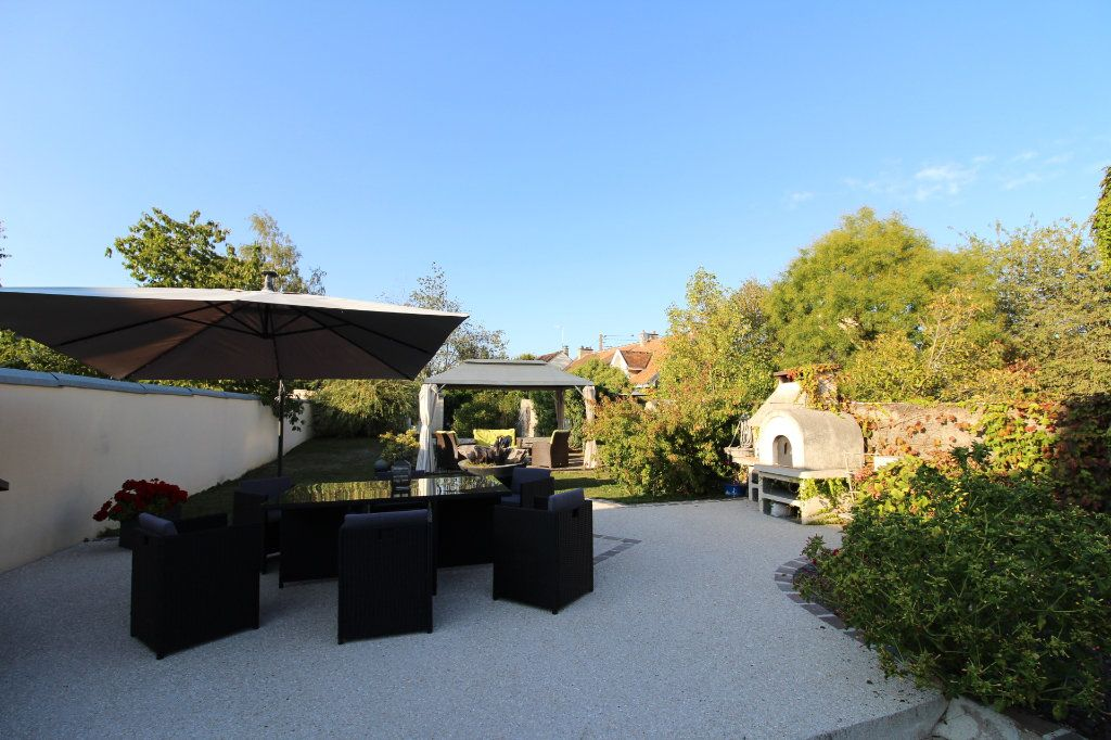 Maison à vendre 6 125m2 à Rozay-en-Brie vignette-2