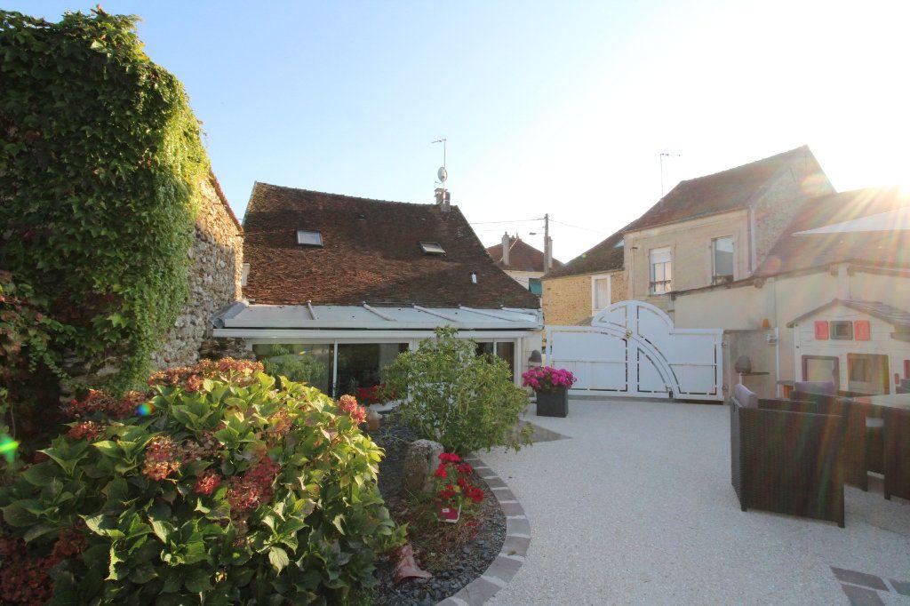 Maison à vendre 6 125m2 à Rozay-en-Brie vignette-13