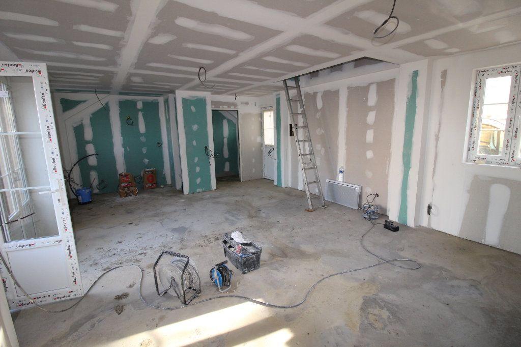 Maison à vendre 3 58m2 à Jouy-le-Châtel vignette-2