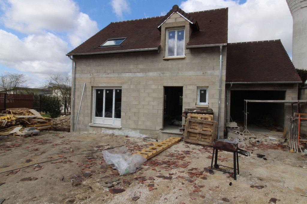 Maison à vendre 5 95m2 à Jouy-le-Châtel vignette-1