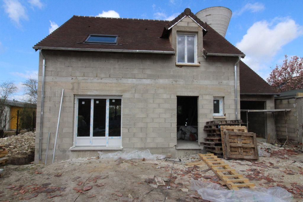 Maison à vendre 5 95m2 à Jouy-le-Châtel vignette-4