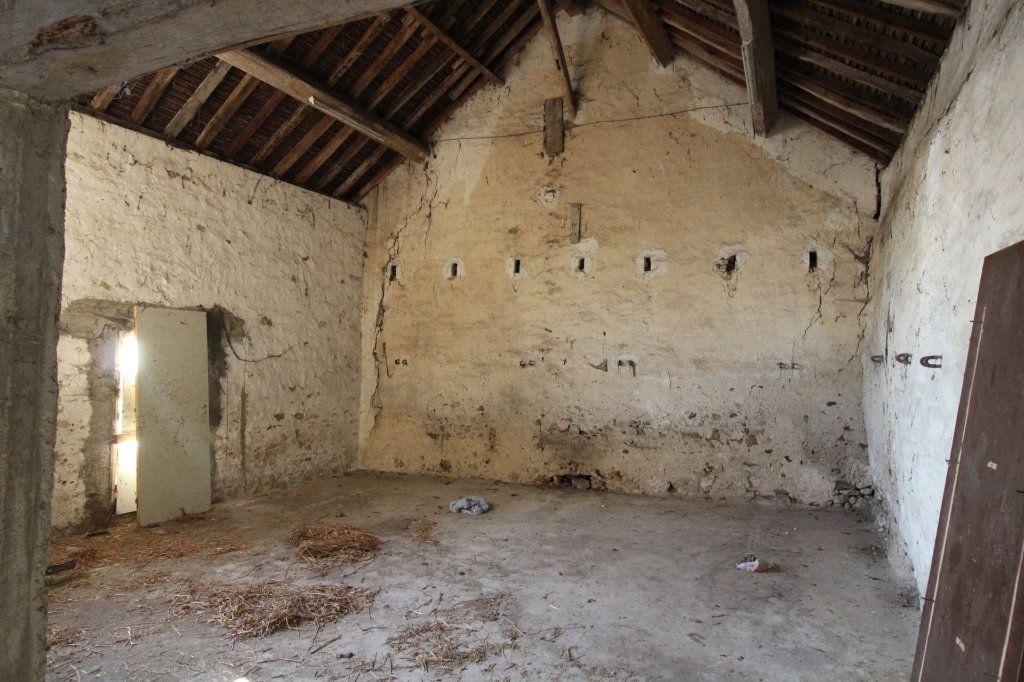 Maison à vendre 1 100m2 à Rozay-en-Brie vignette-2