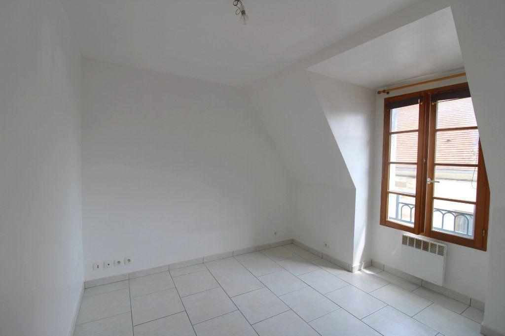 Appartement à louer 3 50m2 à Rozay-en-Brie vignette-6