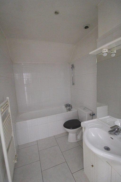 Appartement à louer 3 50m2 à Rozay-en-Brie vignette-7