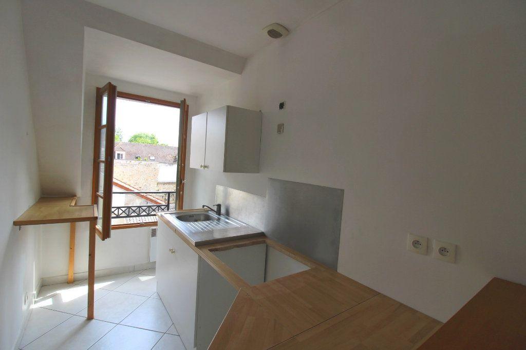 Appartement à louer 3 50m2 à Rozay-en-Brie vignette-8