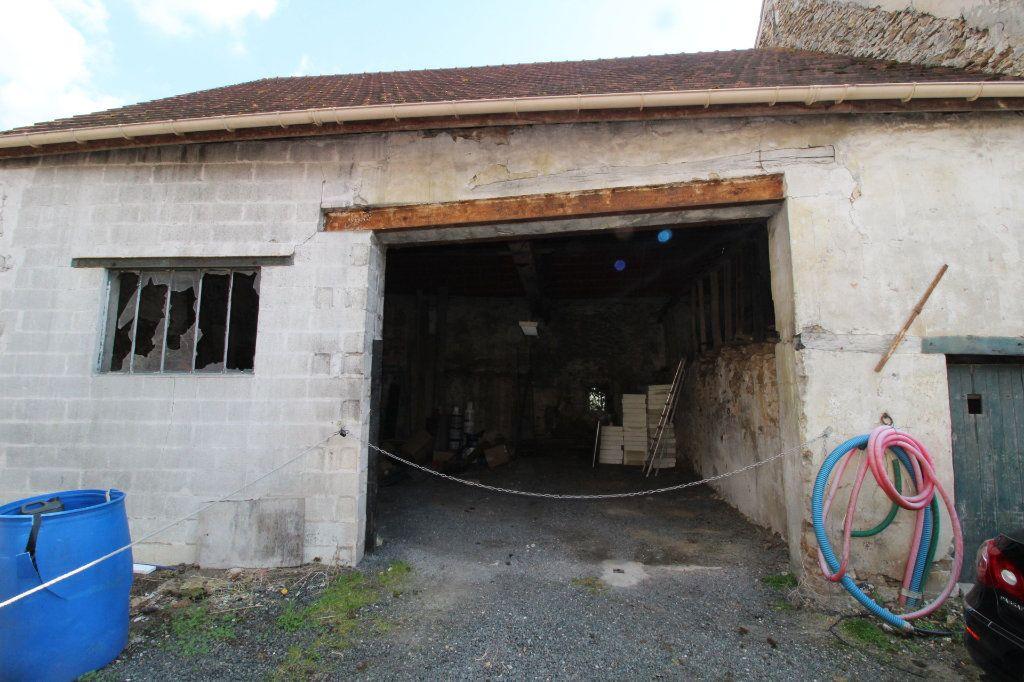 Maison à vendre 1 80m2 à Rozay-en-Brie vignette-1