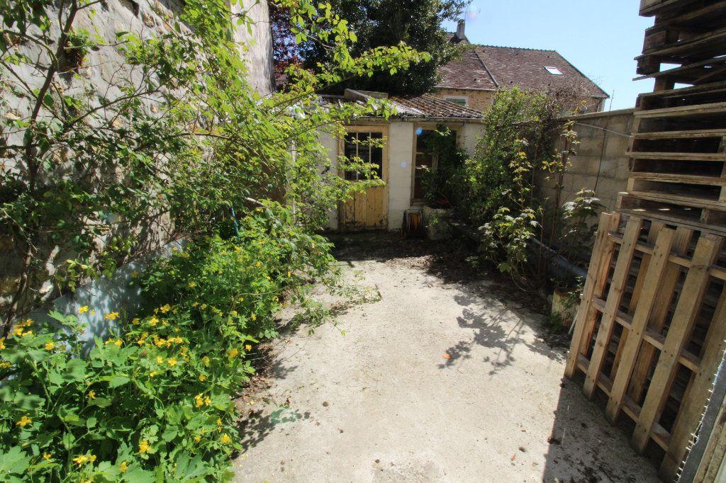 Maison à vendre 5 150m2 à Rozay-en-Brie vignette-1