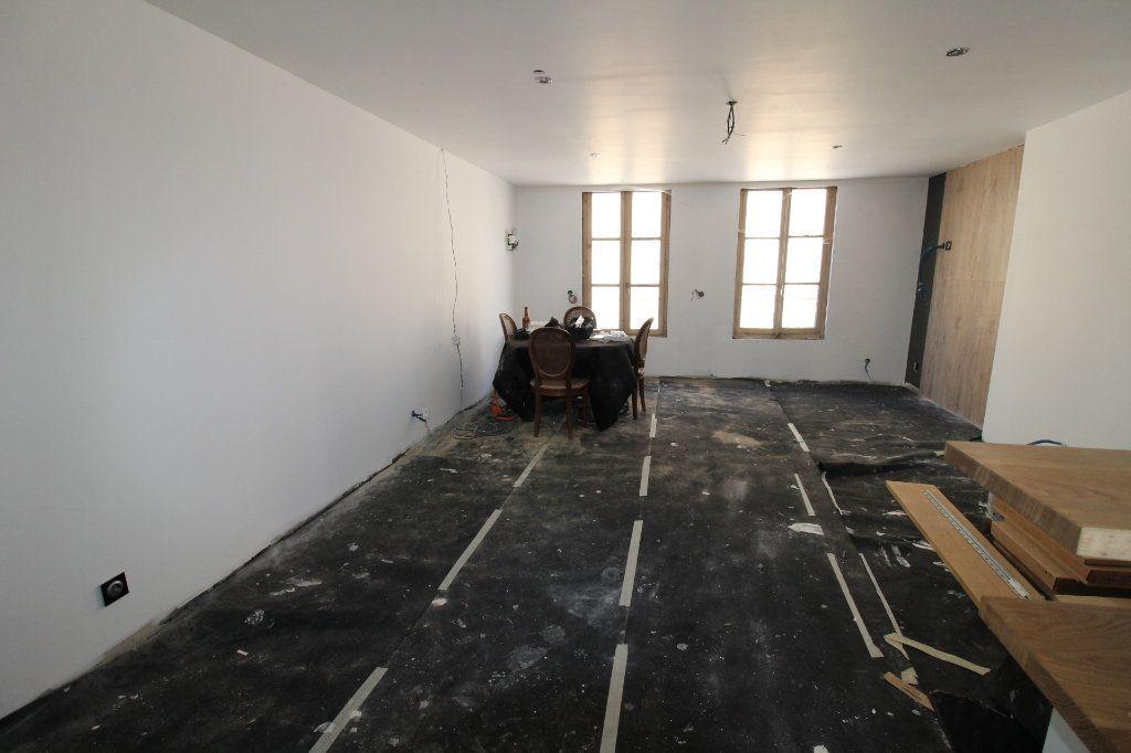 Maison à vendre 5 150m2 à Rozay-en-Brie vignette-9