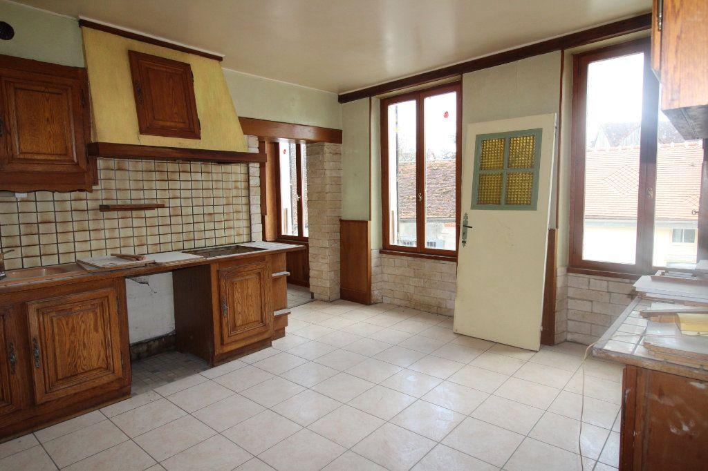 Maison à vendre 5 102m2 à Beton-Bazoches vignette-2