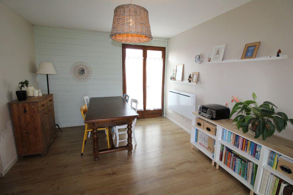 Maison à vendre 5 105m2 à Rozay-en-Brie vignette-5