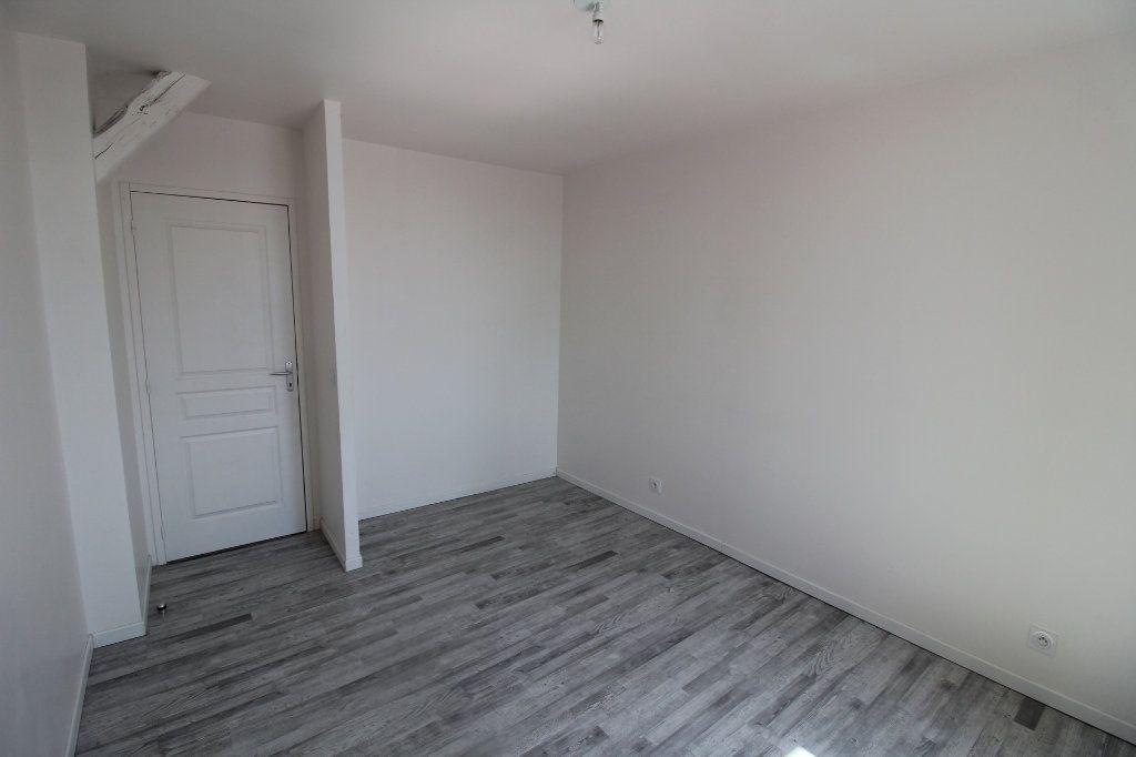 Appartement à louer 3 65m2 à Rozay-en-Brie vignette-4
