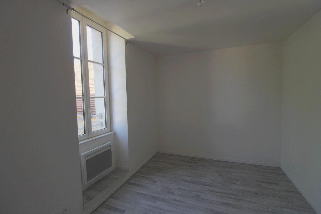 Appartement à louer 3 65m2 à Rozay-en-Brie vignette-8