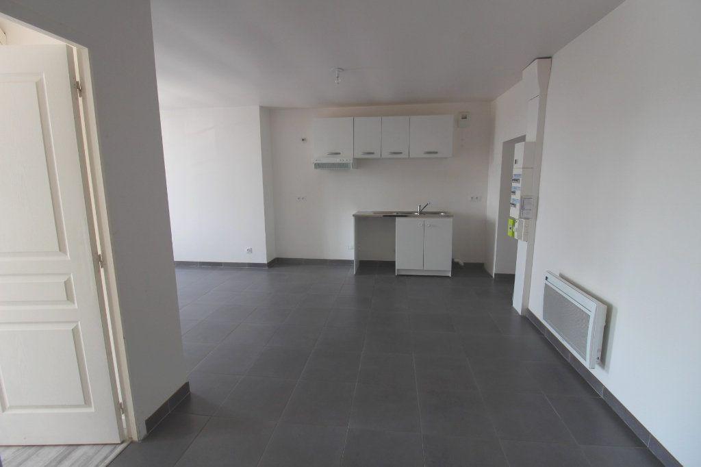 Appartement à louer 3 65m2 à Rozay-en-Brie vignette-12